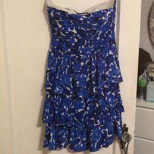 Dresses & Skirts - Dress size6